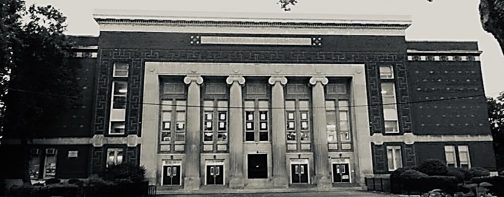 Kelvyn Park School in black and white