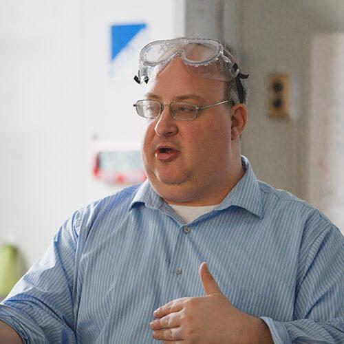 Kelvyn Park Science Teacher Thomas Unger